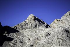 Torre del Hoyo Oscuro (2.429 m)