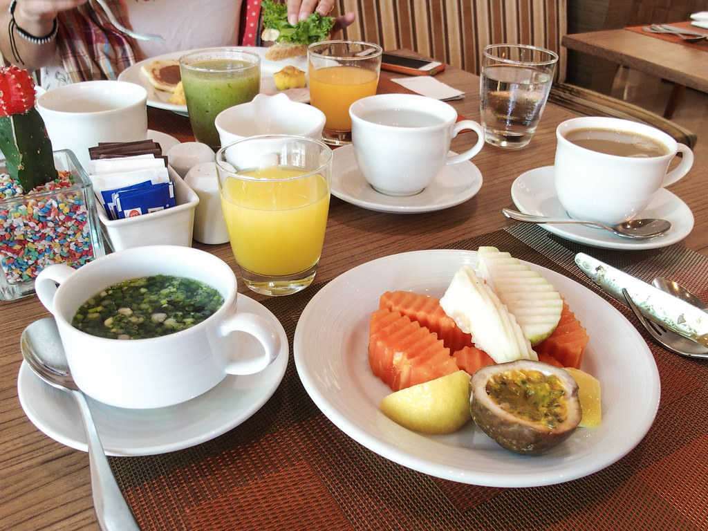 eastin grand sathorn breakfast