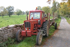 russian Avto tracteur tractor - Photo of Saint-Boil