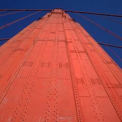 So high, so red, so... Golden Gate Bridge 🌉 👌#sanfrancisco #sf #goldengatebridge
