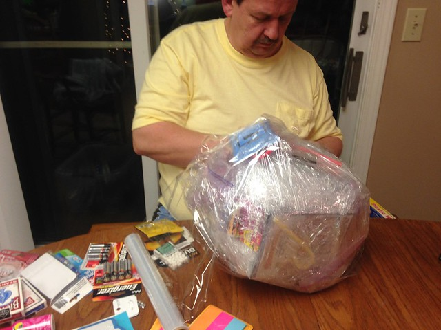 The Plastic Wrap Gift Ball Game