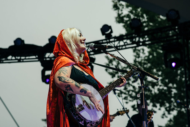 Elle King - Byron Blues Festival Schedule
