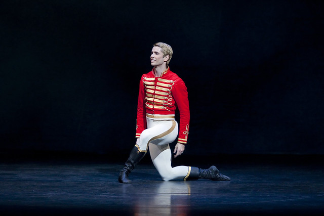 Ricardo Cervera as Hans-Peter/The Nutcracker in The Nutcracker, The Royal Ballet © ROH/Johan Persson, 2009