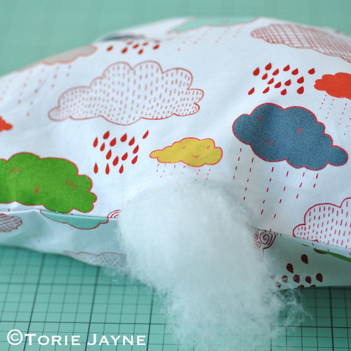 Cloud shaped cushion tutorial 7