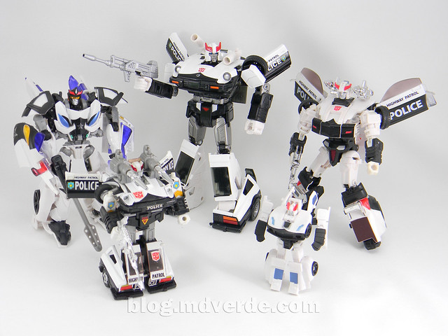 Transformers Prowl Masterpiece - modo robot vs otros Prowl