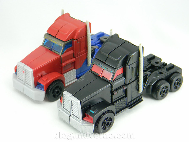 Transformers Nemesis Prime Voyager - Transformers Prime First Edition Custom - modo alterno vs Optimus Prime