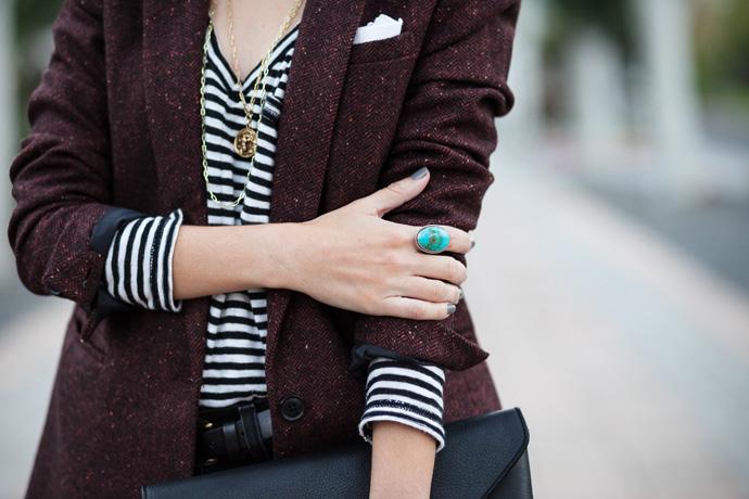 burgundy-blazer-4