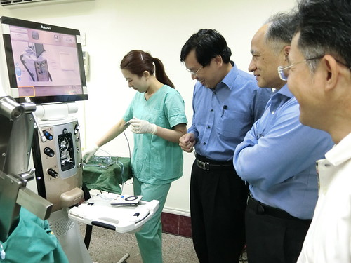 為什麼要從溫哥華回台灣找陳征宇眼科做白內障手術 (5)