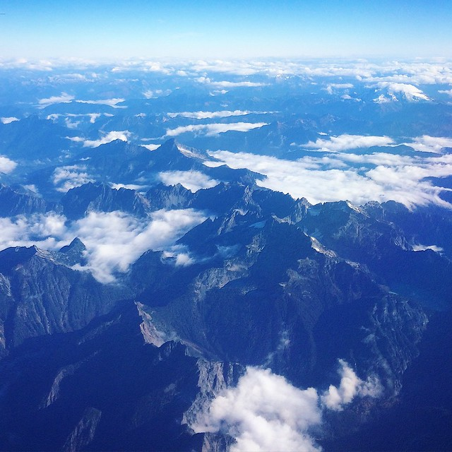 flying back home over the Cascades