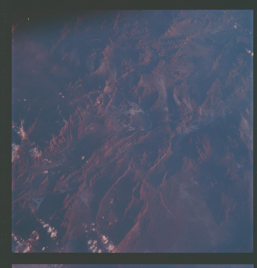AS07-7-1829 | Apollo 7 Hasselblad image from film magazine ...