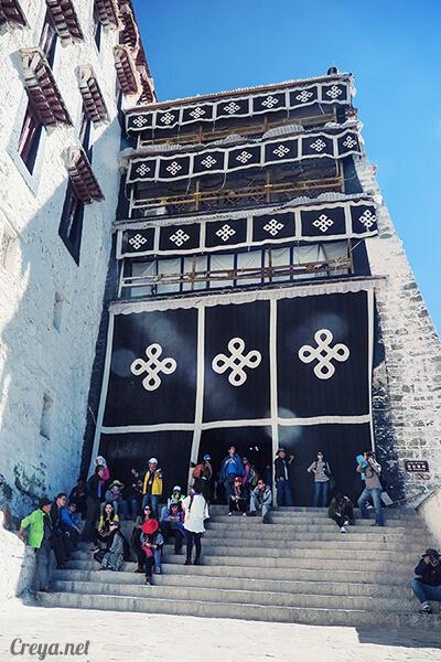 2015.12.04▐ Tibet 西藏踢北去 ▐ 藏人的精神殿堂布達拉宮,但或許不只我們高山反應沒精神…14.jpg
