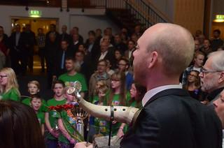 Andreas Kratz sjunger nationalsången