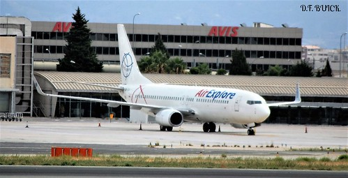 OM-GEX BOEING 737-800