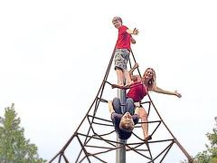 Who said I was afraid of heights? Now get me down, someone! #upsticksandgo #afraidofheights #climbingframe  #bravemum #icandoittoo #justoneofthekids #travelingtheworld #travelingwithkids #michfrost