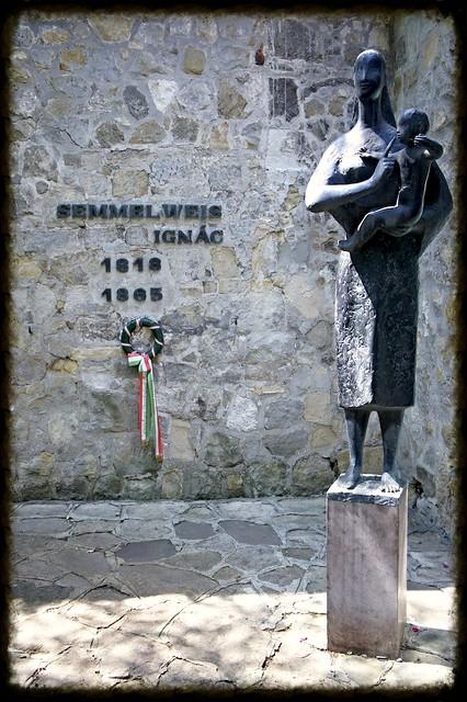 semmelweis museum 5