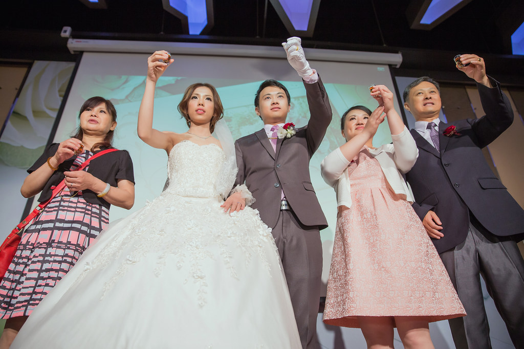 20150627薏璇&欣儒-桃園來福星花園大飯店婚禮記錄 (660)