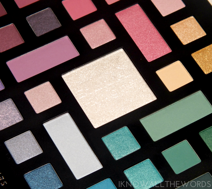 Sephora Collection Colour Wonderland Neutral & Vivid Eyeshadow Palette- vivid side (3)