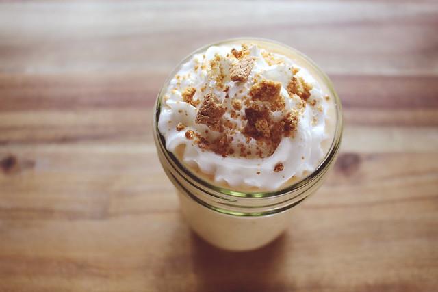 greek yogurt 52 ways: # 26 pumpkin pie smoothie