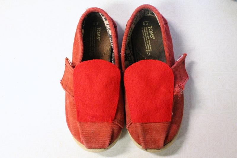 Daniel Tiger shoes, 2