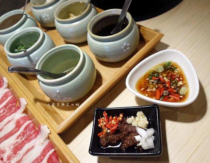 17 京澤日式石頭鍋物