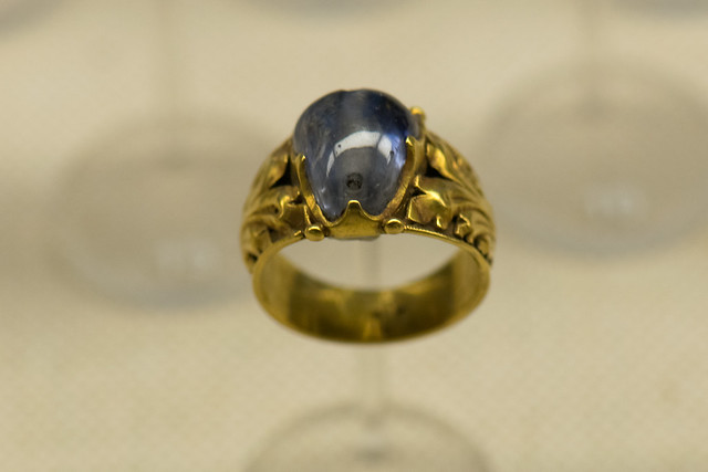 Medieval gold ring with precious stone