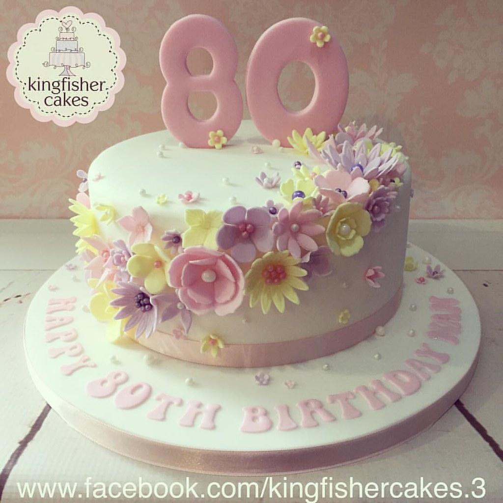 Last Nights 80th Birthday Cake A Beautiful 8 Quot Flower Cas