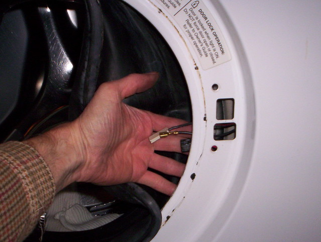 how to take front panel off frigidaire washer