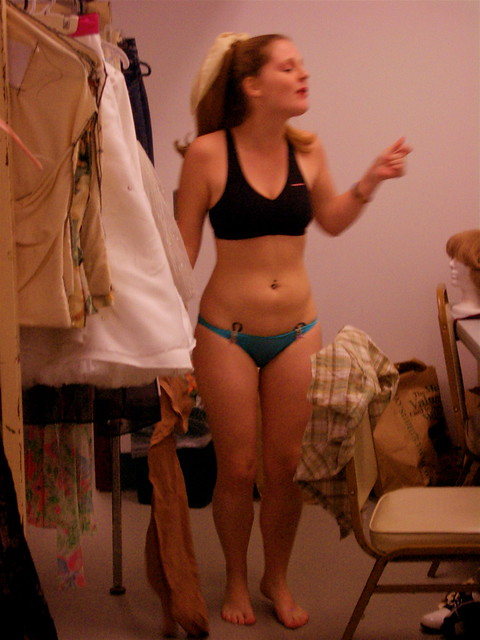 petite-teen-changing-room