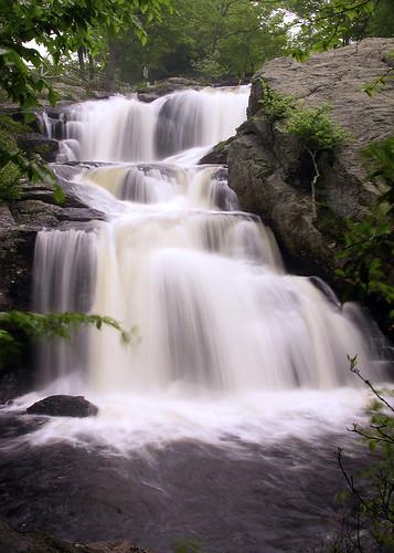 statepark waterfall ct falls waterfalls easthaddam devilshopyard haddam chapmanfalls