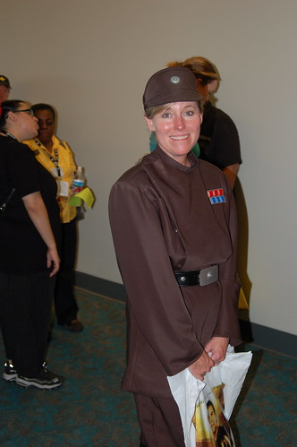 Comic Con 2006: Officer