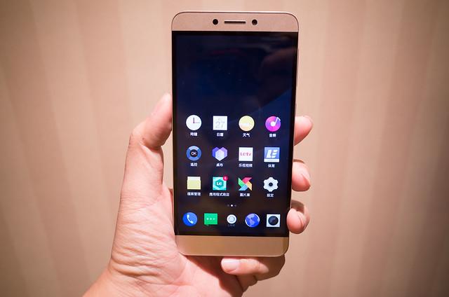 不一樣的殺手!樂視超級手機 1s 手機分享 (1) 動手玩 @3C 達人廖阿輝