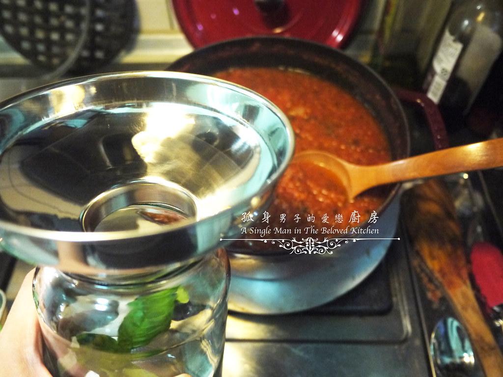 孤身廚房-義大利茄汁紅醬罐頭--自己的紅醬罐頭自己做。不求人24