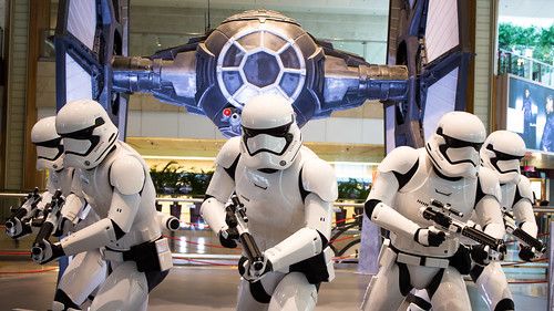 Changi_Star_Wars_The_Force_Awakens_13