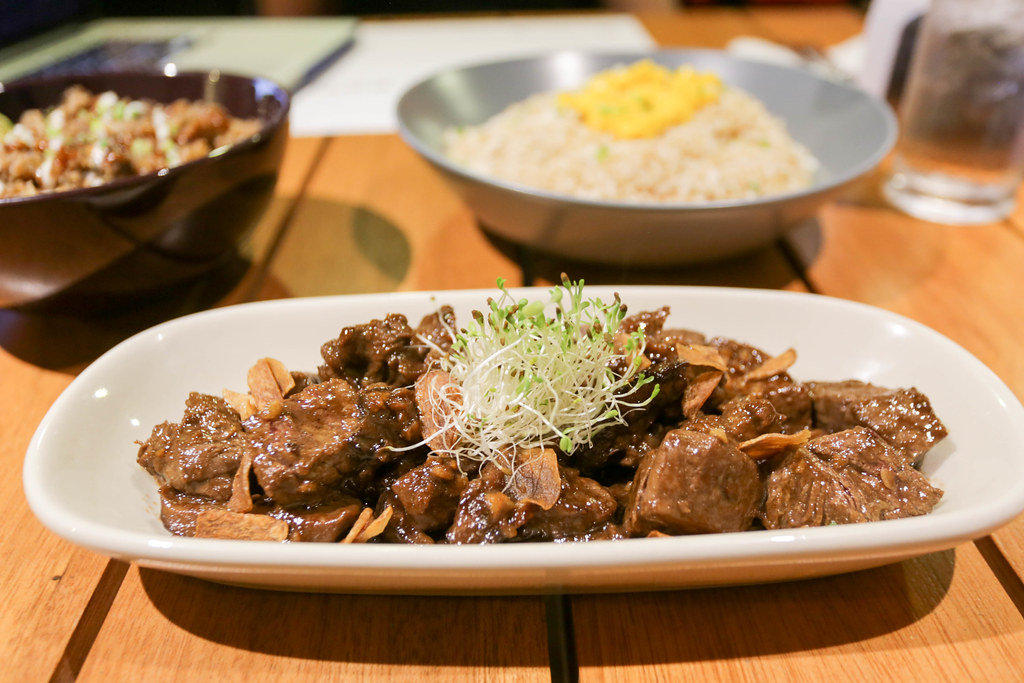 Anu'man Kitchen + Pub-12.jpg