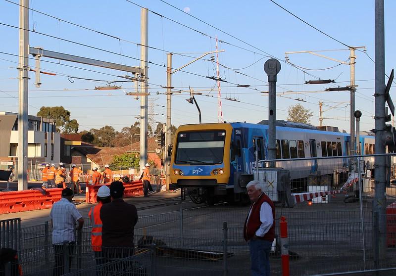 Level crossing removal works, Gardiner