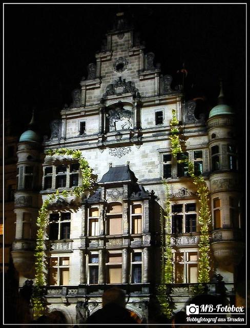 Dresden Reflect
