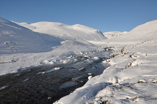 River Dee and Beinn Bhrotain