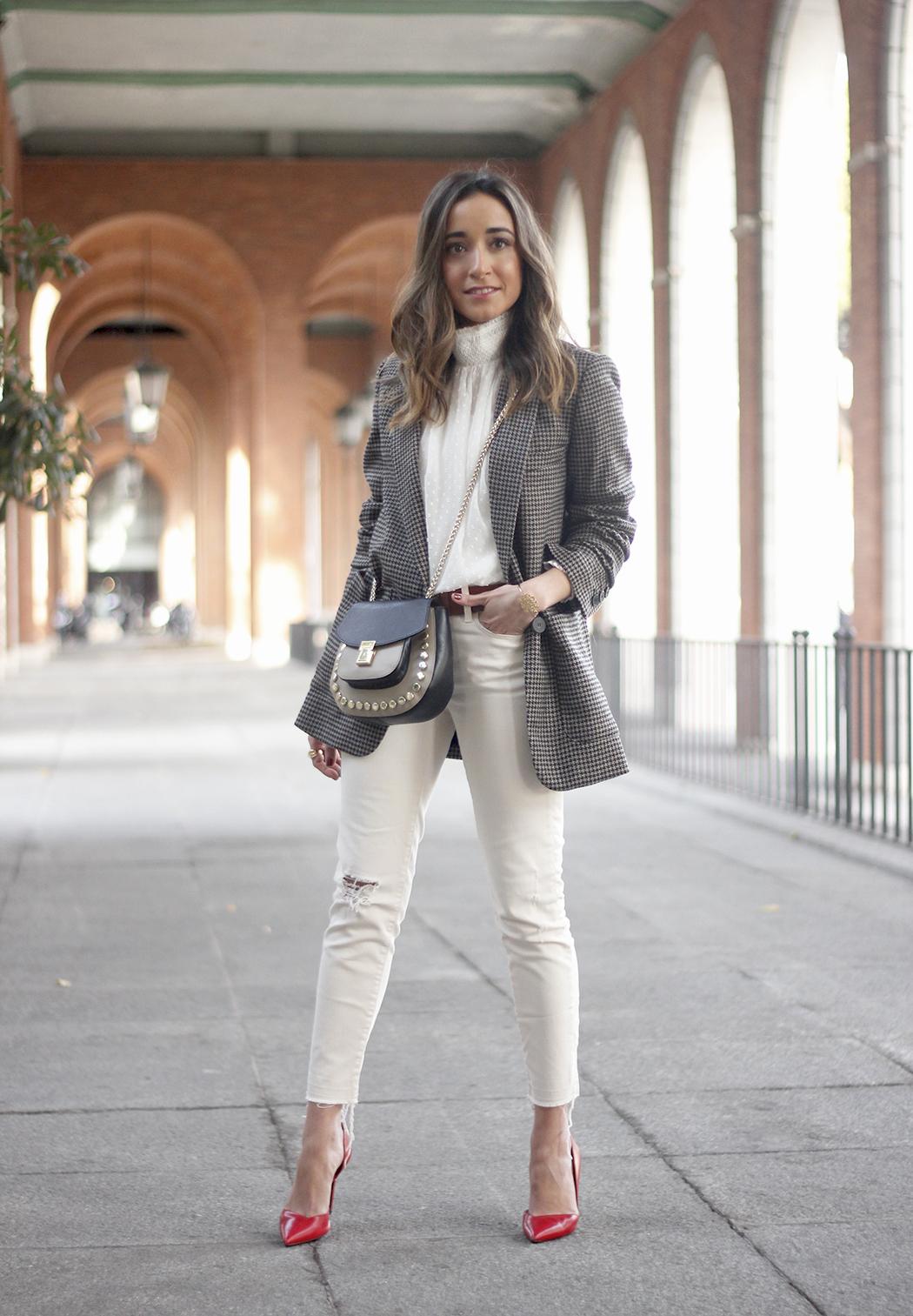 Plumeti blouse houndstooth blazer white jeans outfit style streetstyle21
