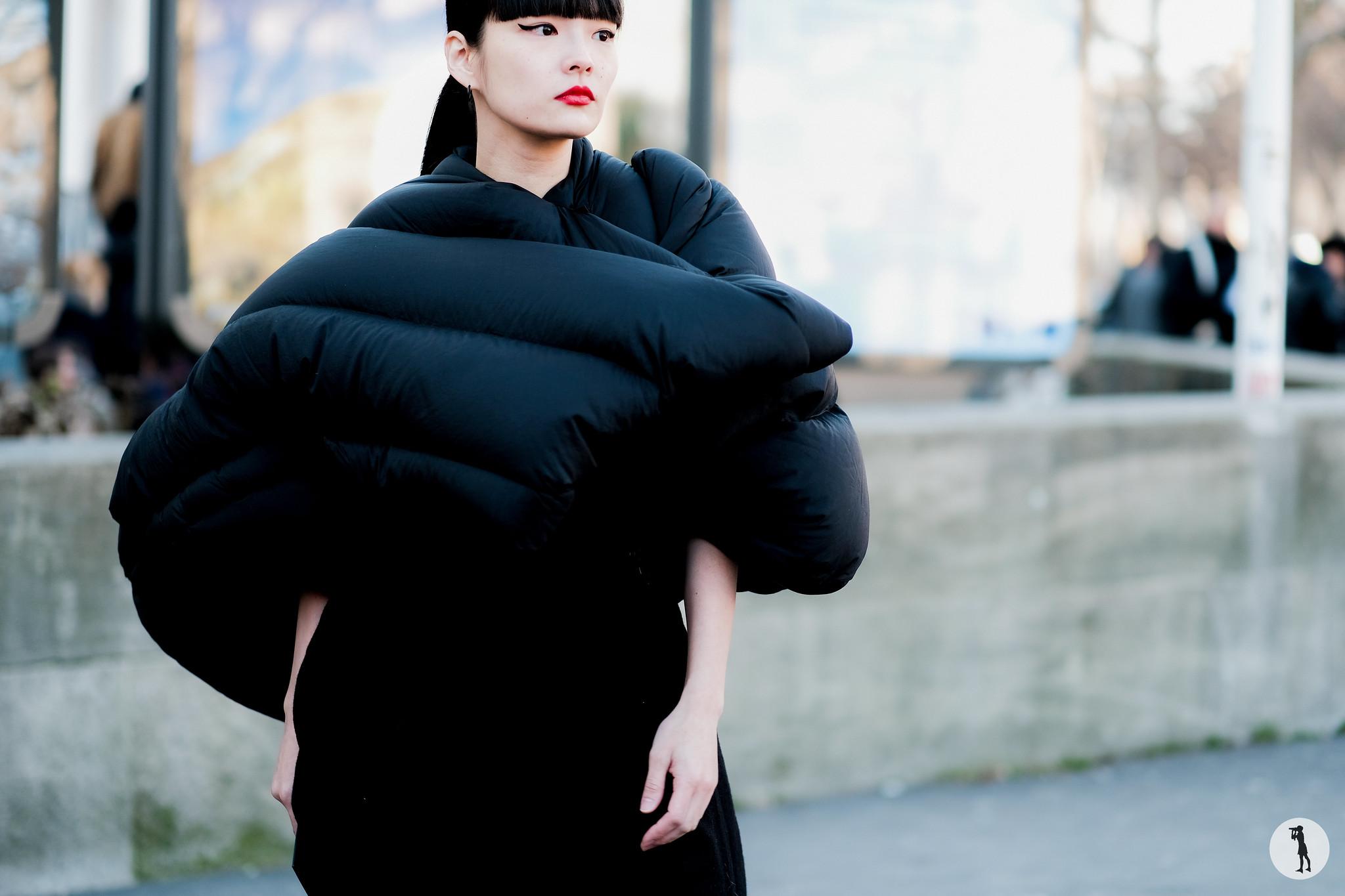 Akimoto Kozue - Paris Fashion Week Menswear FW17-18 (2)