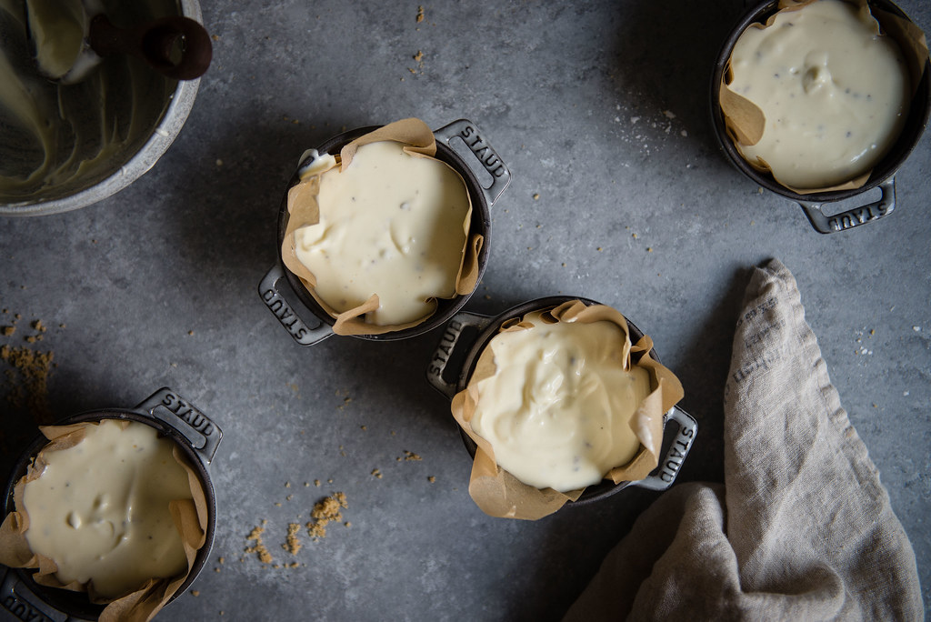 lavender goat cheese cheesecakes | two red bowls