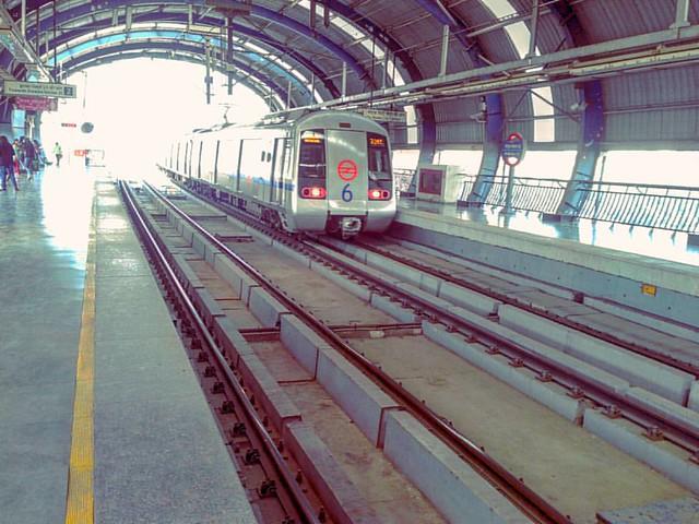 Life Line of Delhi l.  Metro Ⓜ Train ��  #metro #metrostation #Delhi #delhigram #sodelhi #delhi_igers #delhidiaries #delhincr #IncredibleIndia #traveling #travelgram #travelingram #traveler #traveldiaries #travelindia #indiapictures #india_gram #ig