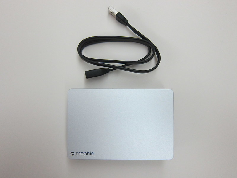 Mophie Powerstation Plus (12,000mAh) - Box Contents
