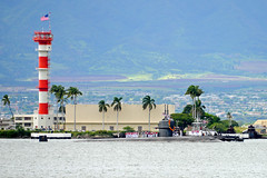 USS Jacksonville (SSN 699) returns to Joint Base Pearl Harbor-Hickam Oct. 16. (U.S. Navy/Lt. Brett Zimmerman)
