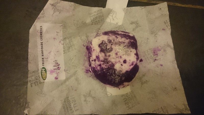 Bar humbug Lush bubble bar