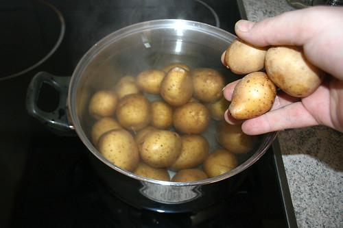 15 - Kartoffeln kochen / Cook potatoes