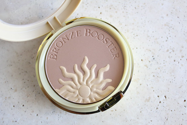 Physicians Formula Glow-Boosting 2-in-1 Bronzer and Highlighter review and swatch