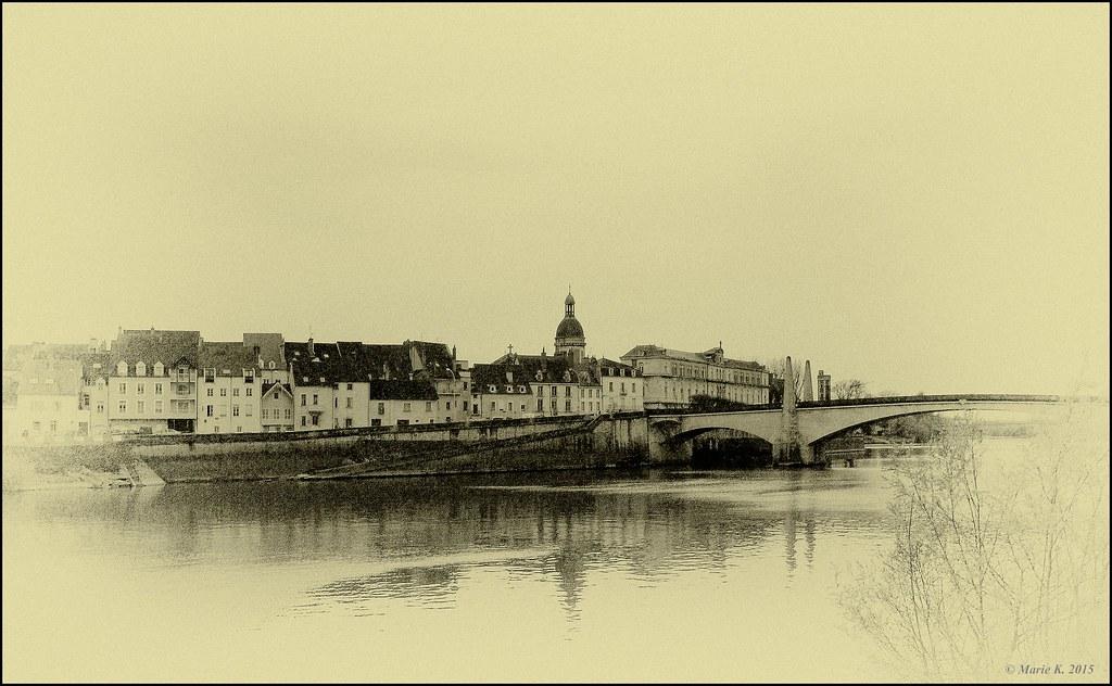 Quai de Saône  20895635909_e5611e8ab5_b