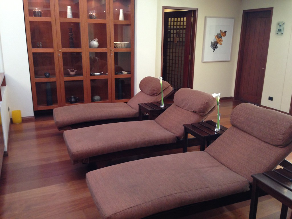 Spa loungers