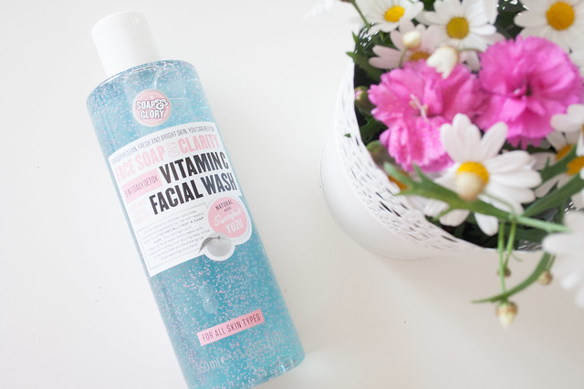 Soap and Glory 3-in-1 daily detox vitamin c facial wash