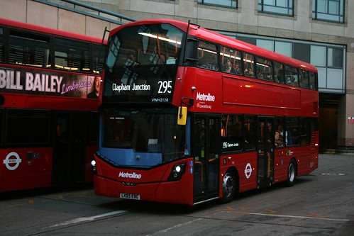 Metroline West VWH2128 on Route 295, Hammersmith